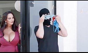 Ava addams in mom's panty bandit - nowpornpleas...